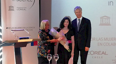 María José Martínez premio LOréal Chile for Women in Science.